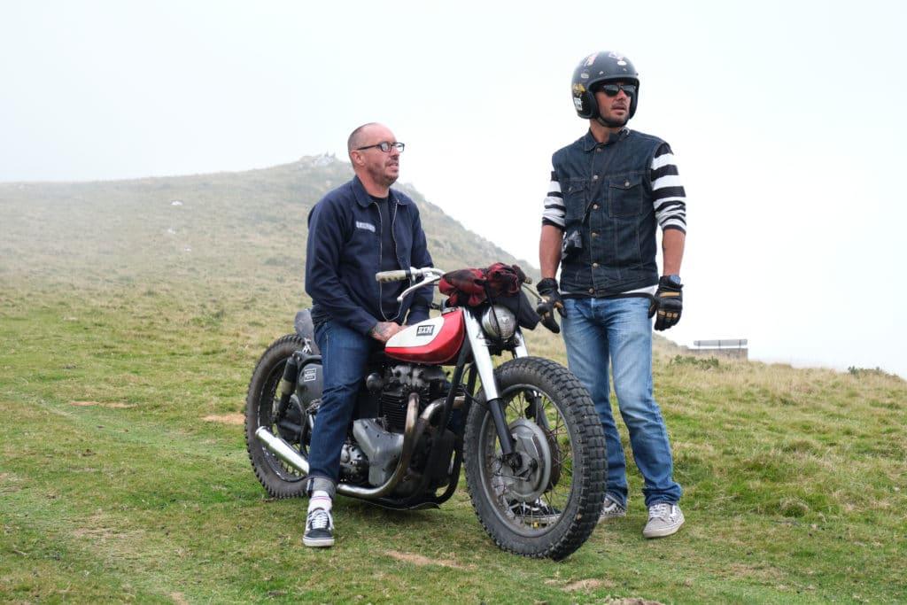 Bixente Moto & David - Roulage Wheels & Waves